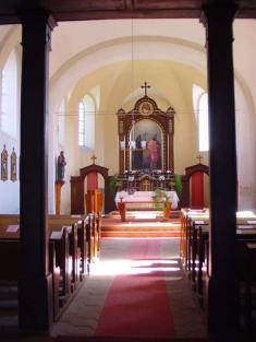 oltář vkostele vŘenčích vroce 2006