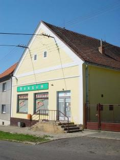 konzum Řenče vroce 2006