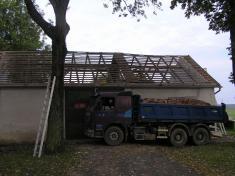 Oprava střechy aelektroinstalace HZ Libákovice 2014