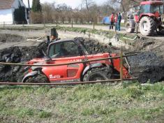 Vyčištění rybníka a oprava hráze v Libákovicích